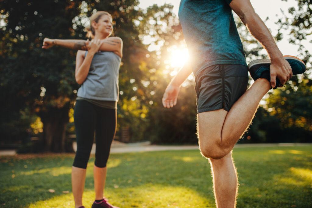 Exercícios de alongamento são parte importante do seu treino.