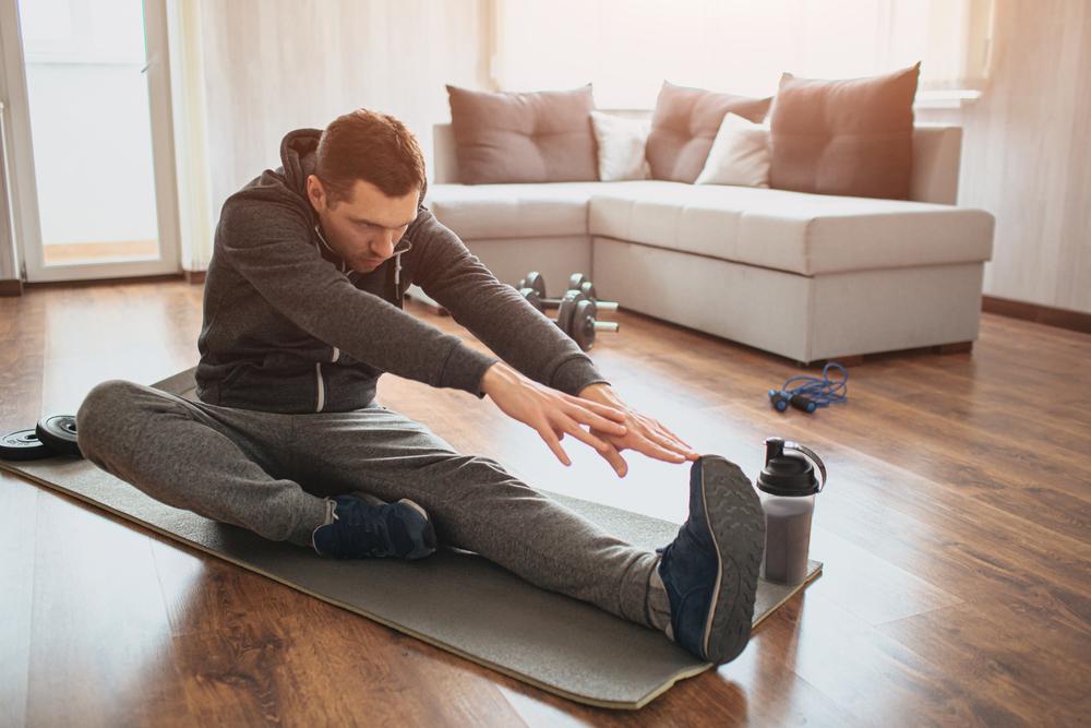 O alongamento é um exercício eficiente contra o estresse a tensão muscular