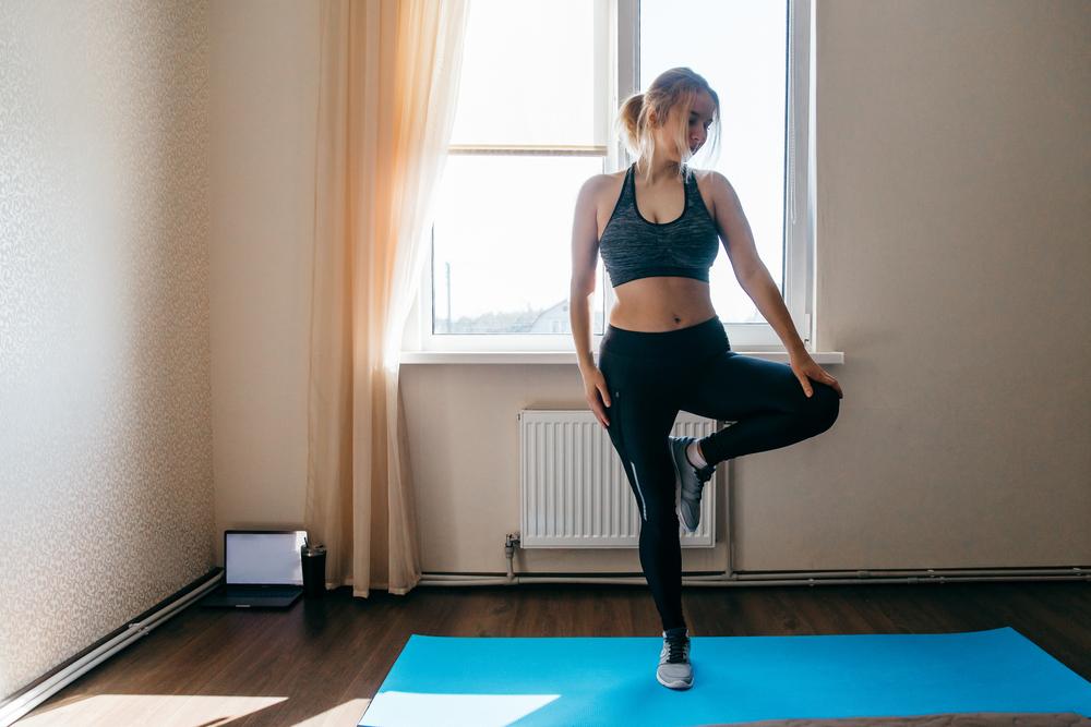 Treine em casa: exercícios para fortalecer as pernas