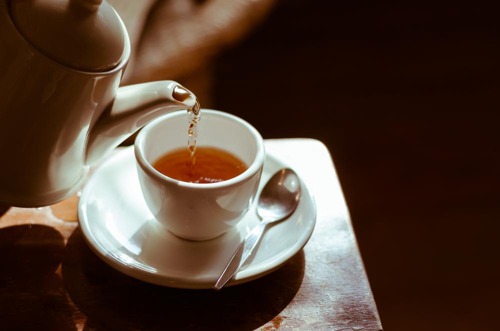 Alguns chás são ótimos para diminuir o inchaço